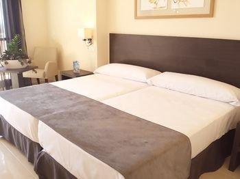 Hotel Sercotel Adaria Vera - фото 2