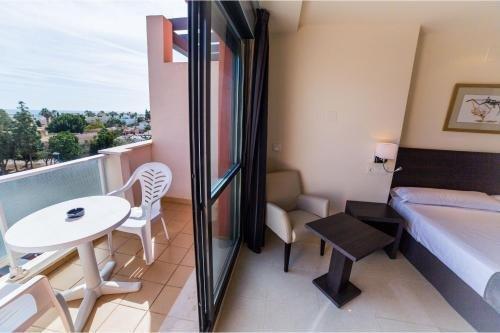 Hotel Sercotel Adaria Vera - фото 4
