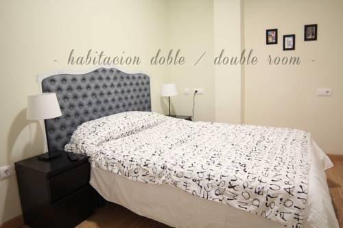 Grand Luxe Hostel - фото 2