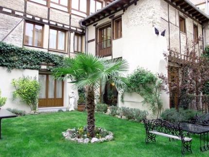 Palacio Ayala Berganza - фото 18