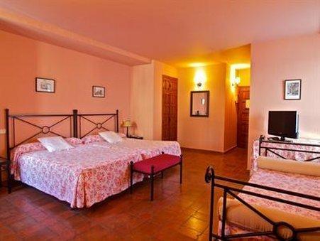 Palacio Ayala Berganza - фото 3