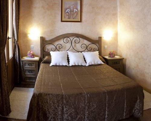 Hostal Segovia - фото 3