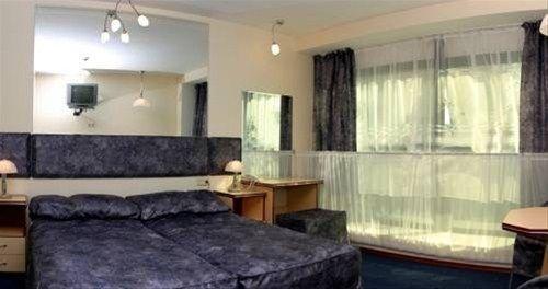 Hotel Elegance - фото 6