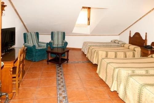 Hotel Santo Domingo de Silos - фото 4