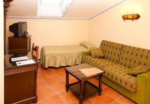 Hotel Santo Domingo de Silos - фото 5