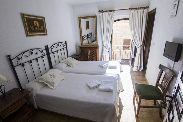 Hostal Meson Casa De Guzman - фото 6