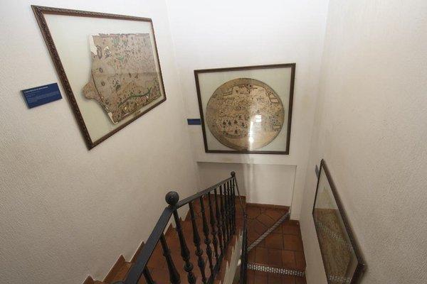Hostal Meson Casa De Guzman - фото 8