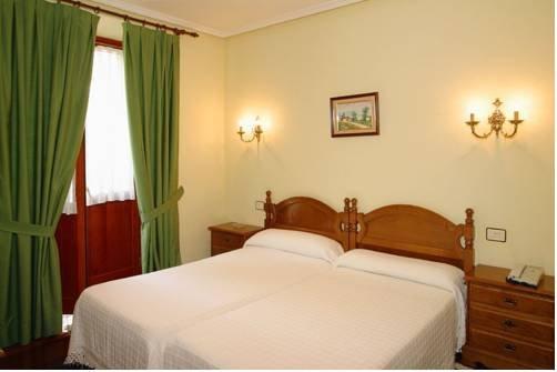 Hotel Restaurante El Manquin - фото 1