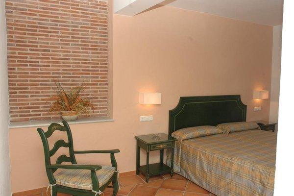 Hostal Dona Lola Marina - фото 1