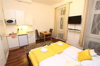 CheckVienna - Apartment Friedrich-Kaiser-Gasse - фото 0