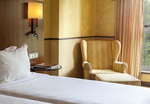 AC Palacio del Carmen, Autograph Collection, a Luxury & Lifestyle Hotel - фото 1