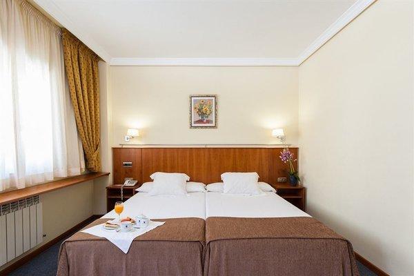 Hotel Ciudad de Compostela - фото 1