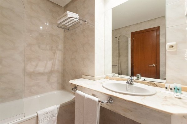 Hotel Ciudad de Compostela - фото 11