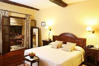 Hotel Rua Villar - фото 1