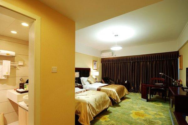 Chengdu Longhu Beach Hotel - фото 4