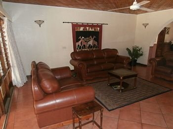 Annie's Lodge Lilongwe Area 10 - фото 9