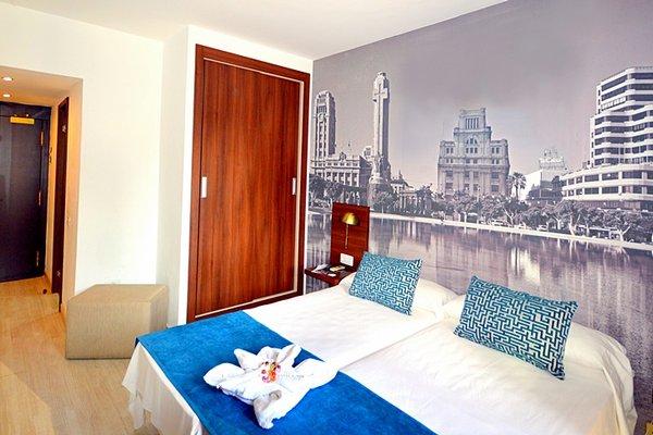 Hotel Adonis Plaza - фото 1