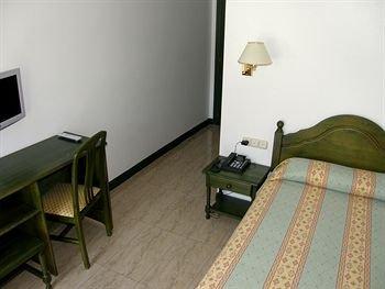 Hotel Nicol's - фото 4