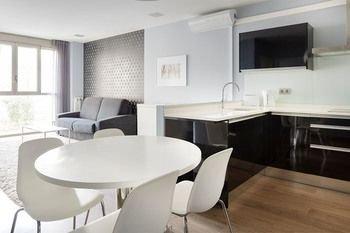 Welcome Gros Hotel y Apartamentos - фото 17
