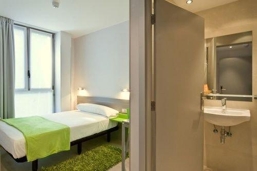 Welcome Gros Hotel y Apartamentos - фото 3