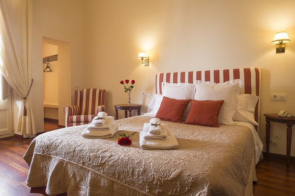 Hotel Palou - фото 1