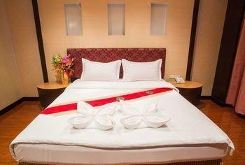 M Hotel, Ban Khlong Phruan