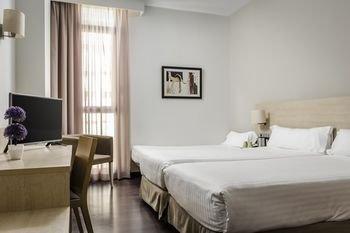 Hotel Sercotel Barcelona Gate - фото 1