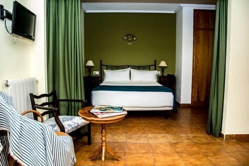 Hotel Torre Sant Joan - фото 1