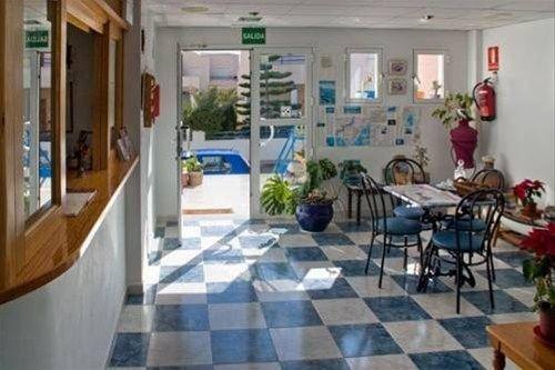 Hostal Puerto Genoves - фото 7