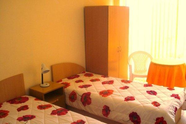 Family Hotel Liana - фото 3