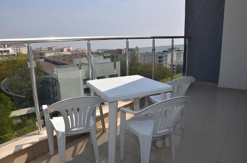 Ivtour Apartments in Yalta complex - фото 20