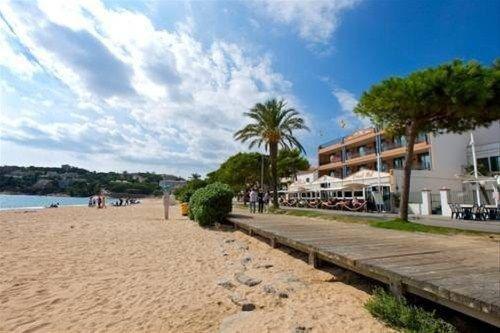 Hotel Restaurant Sant Pol - фото 50