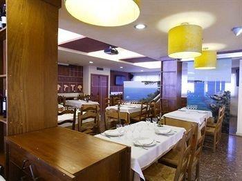 Hotel Restaurant Sant Pol - фото 9