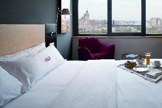 Hotel Sant Cugat - фото 1