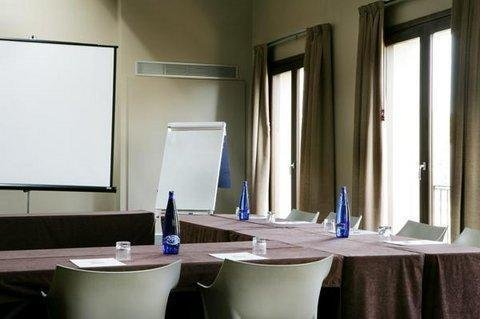 Qgat Restaurant Events & Hotel - фото 16
