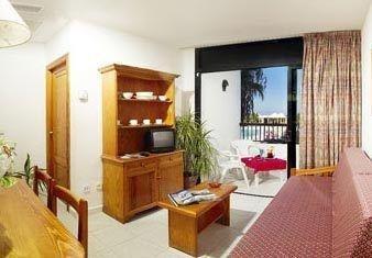 Marvell Club Hotel & Apartments - фото 5