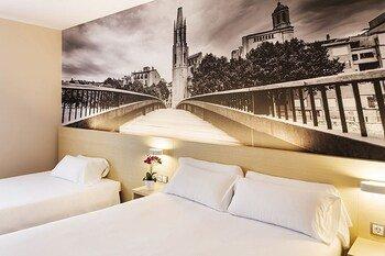 B&B Hotel Girona 3 - фото 14