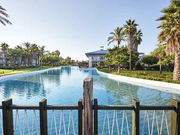 PortAventura(R) Hotel Caribe - Includes PortAventura Park Tickets