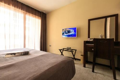 Отель Nadezda - фото 1