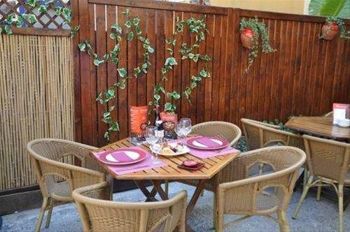 Hostal Montsant - фото 20