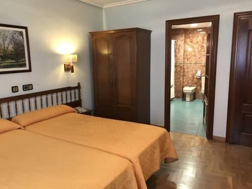 Hotel El Toboso - фото 1
