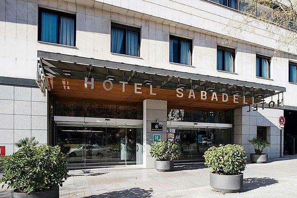 Catalonia Sabadell - фото 20