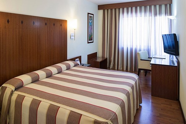 Catalonia Gran Hotel Verdi - фото 2