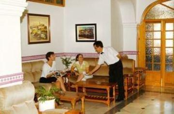 Hotel Maria Luisa - фото 7