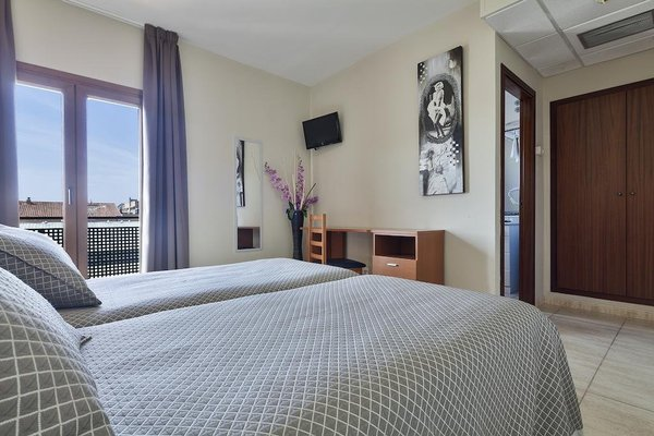 Hotel Montmar - фото 5