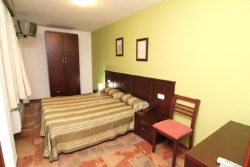 Hotel San Cayetano