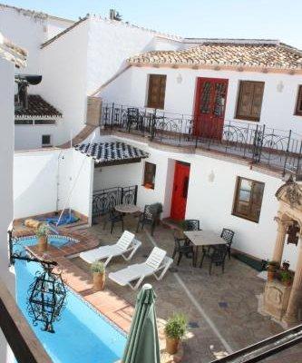 Apartamentos La Ciudad - фото 10
