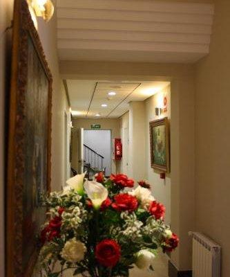 Hotel Sevilla - фото 21
