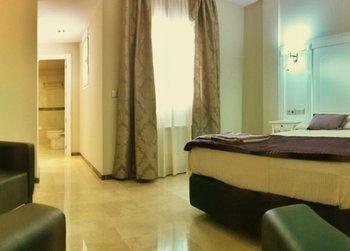Hotel Sevilla - фото 4