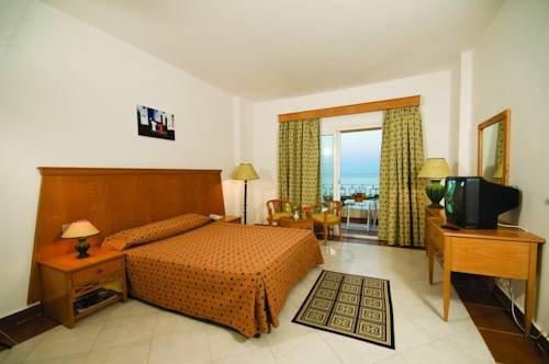 Blue Reef Red Sea Resort - фото 2